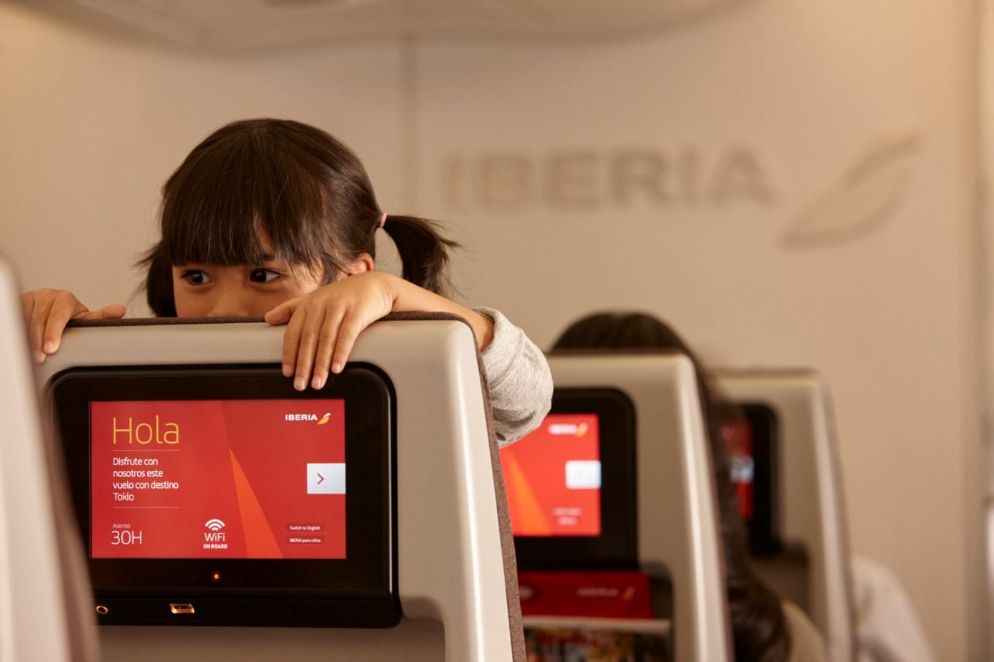 Iberia incorpora nuevos contenidos al entretenimiento a bordo